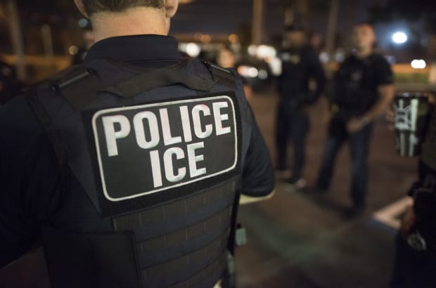 ICE claims right to detain immigrants in Mass. courthouses